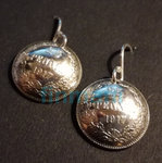25p 1917 silver earrings with silver hooks made of Money